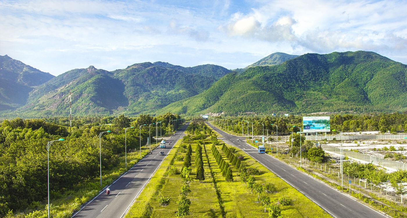 đại lộ Nguyễn Tất Thành