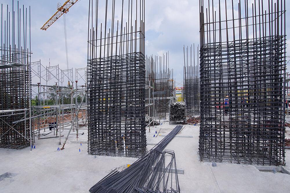 Thi công cốt thép cột tầng 3 lên tầng 4 Block D